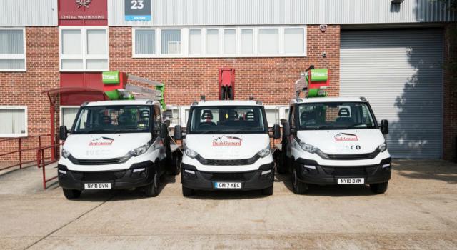 commercial fleet of vans